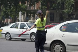 madrid-traffic-cop2-829709-m